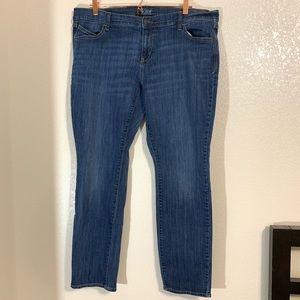 Old Navy   The Diva Straight Leg Jeans Size 18 Reg